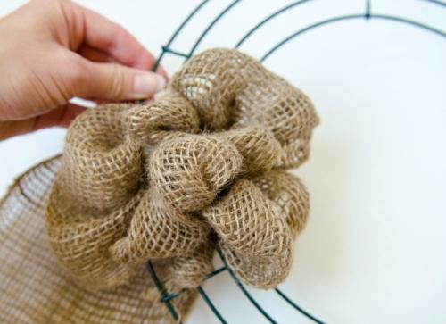 making a burlap wreath - step four