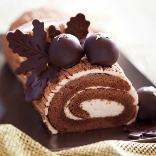 Christmas Dessert: Yule Log – Chocolate and Almond Buche de Noel