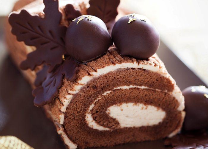 Christmas Dessert: Yule Log – Chocolate and Almond Buche de Noel
