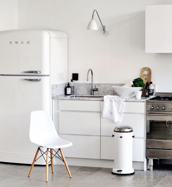 How to use vintage kitchen design ideas in your home for Retro kitchen designs rustenburg