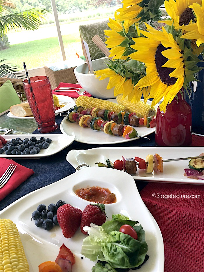 Villeroy and Boch_4th of July BBQ corn on cob plate