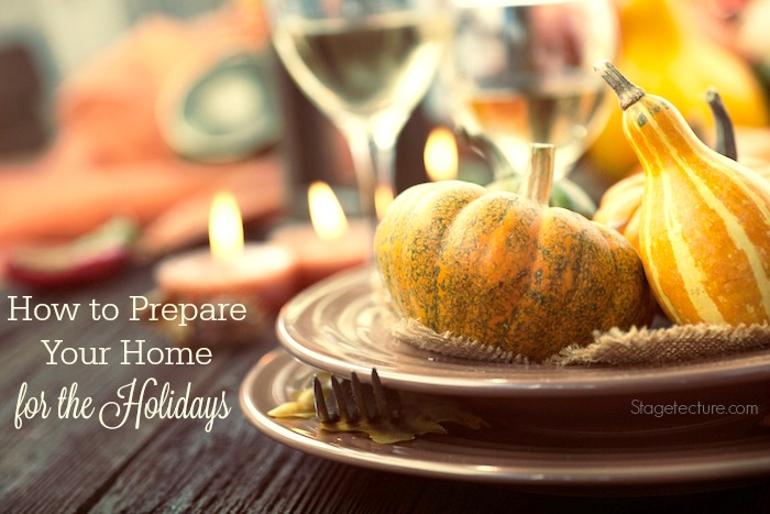 How to Use Holiday Decorations to Prepare for Guests